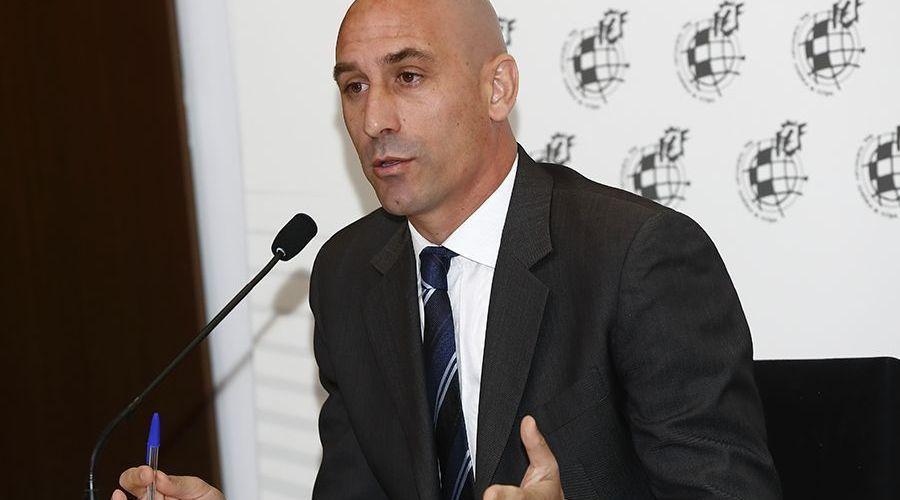 La federació espanyola no posa data a l'inici de la Segona B