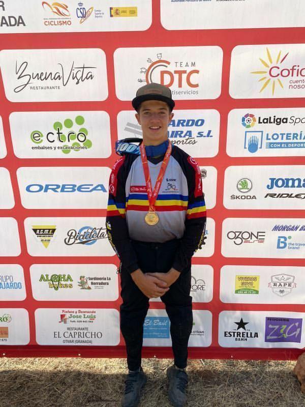 Arnau Graslaub, campió d'Espanya de descens