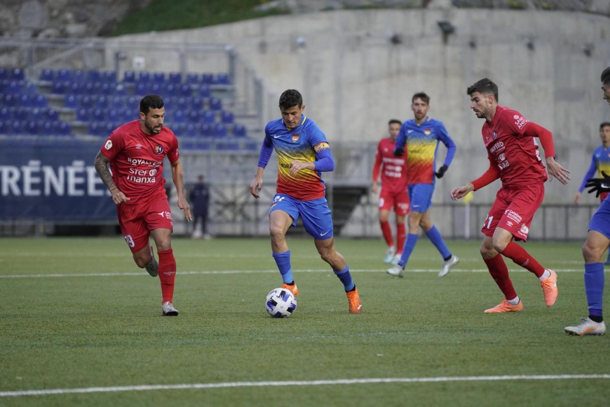 L'FC Andorra guanya al cuer, l'Olot 1-0