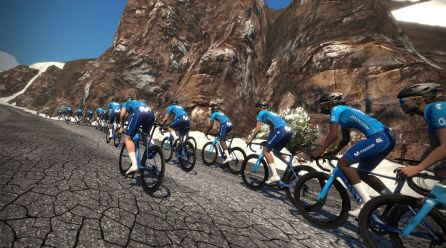 El Movistar Team busca 5 corredors i 5 corredores per crear el seu equip d'e-sports