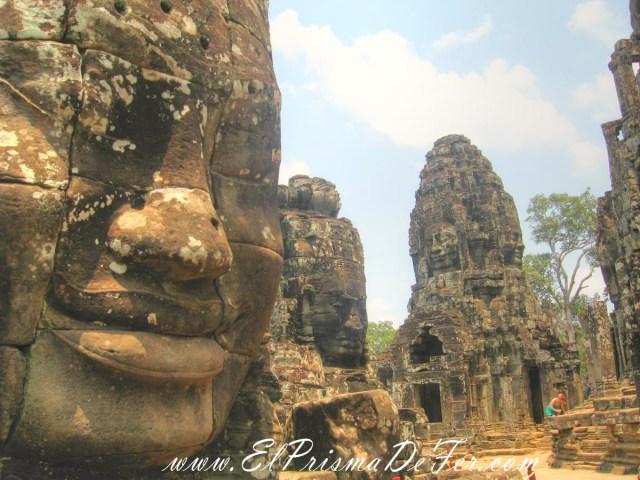 Cara de Buda en el Templo Bayón en Angkor Thom