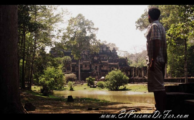 Templo Baphuon dentro de Angkor Thom