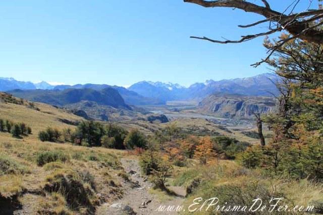 Primeras vistas en el Sendero del Loma del Pliegue Tumbado