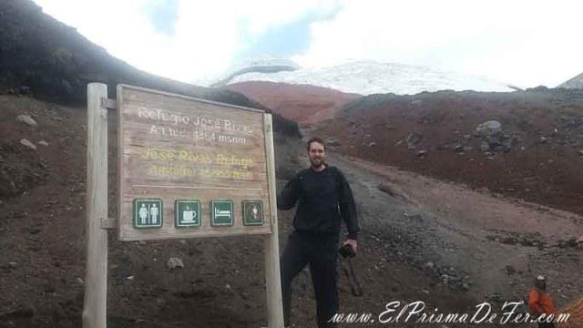 En el refugio Jose Rivas a 4.864 mts.
