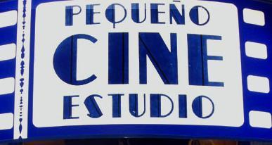 pequeño cine cartel