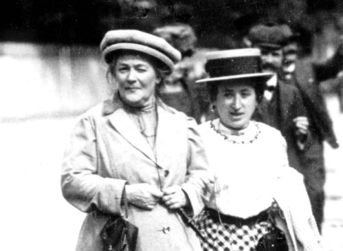 Clara Zetkin y Rosa Luxemburgo.jpg