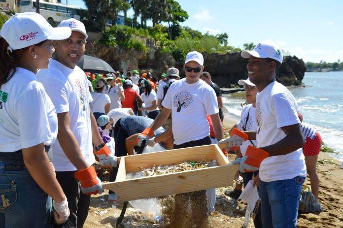 dia-mundial-de-la-limpieza-de-playas-3