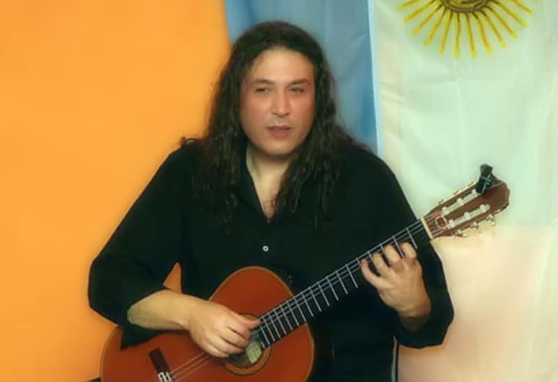 tango en Roberto Pugliese en concierto. Italy