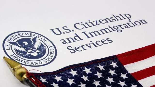 https://i0.wp.com/elpulso.hn/wp-content/uploads/2019/07/immigration-impact-uscis-record-applications-1024x683-1024x683.jpg?resize=640%2C360