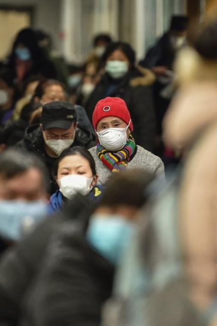 Once milliones de personas aisladas en Wuhan