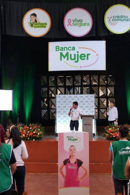 """Banrural lanza """"Banca Mujer"""" que empodera a las mujeres hondureñas"""