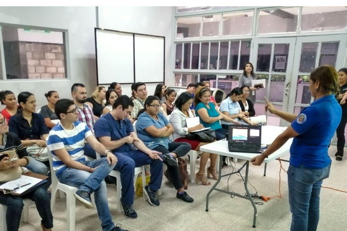 Curso de Lengua de Señas abre las puertas a la inclusión en San Pedro Sula