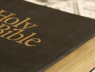 dinero, biblia, reflexion
