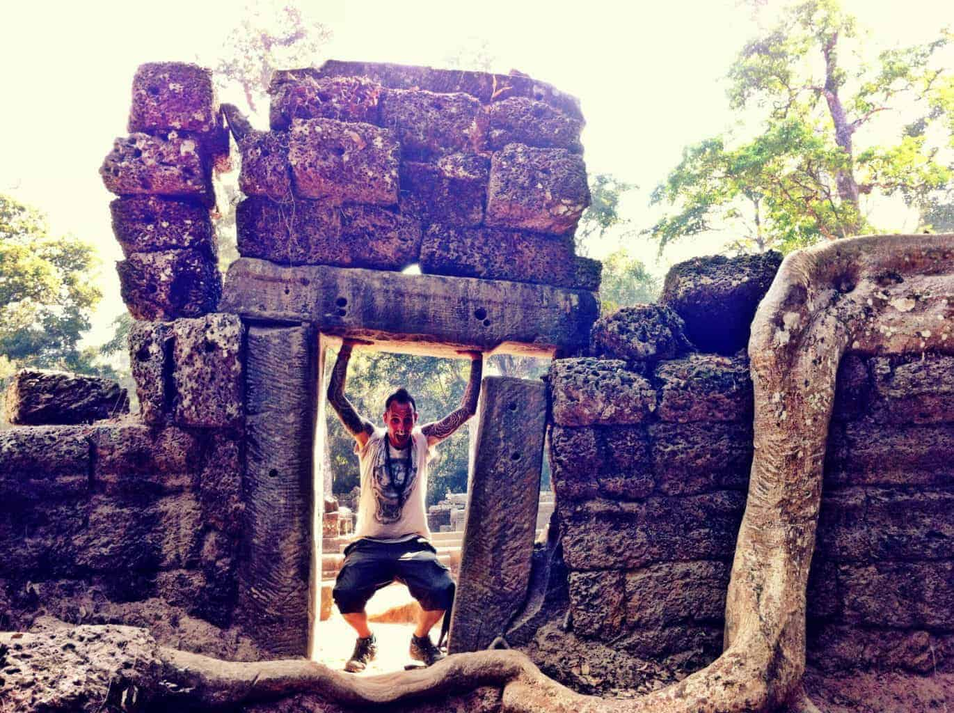 eLPuTocaRDi-SoulSearching-Angkor