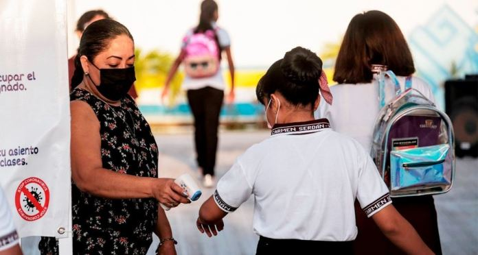 https://radioformulaqr.com/coronavirus/registran-125-casos-de-covid-19-en-escuelas-de-quintana-roo/