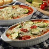 Receta de calabacitas gratinadas con salsa de tomate