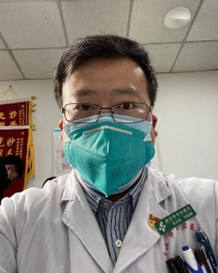 Li Wenliang, el primer médico muerto por el nuevo coronavirus.