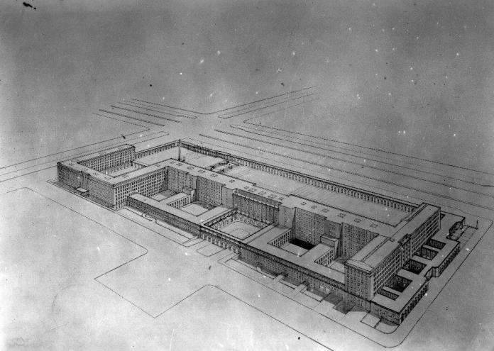 Proyecto final del Arquitecto Zuazo, con las arquerías del Pso. Castellana al fondo.