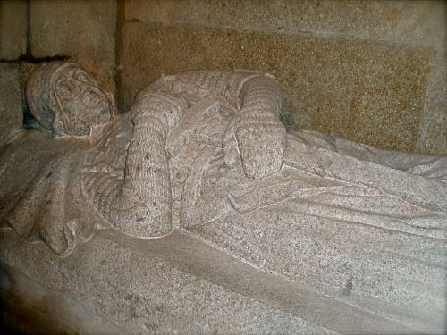 Sepulcro de Pedro Froilaz en la Catedral de Compostela [Wikimedia]