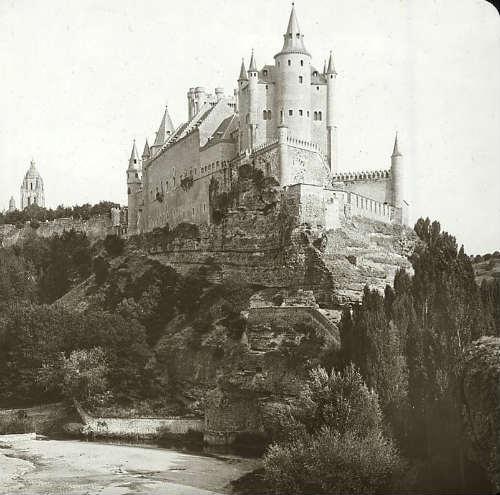 Alcázar de Segovia, 1885 [E. Mazo]