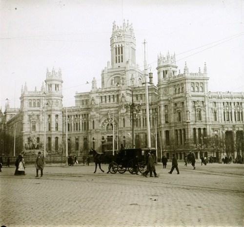 Palacio de las Comunicaciones hacia 1920