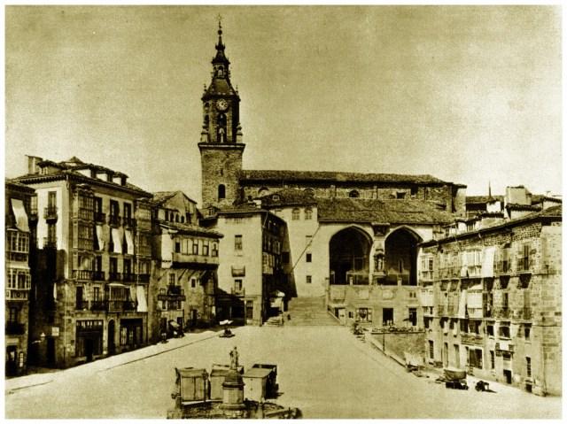 Plaza Vieja de Vitoria, en el año 1870