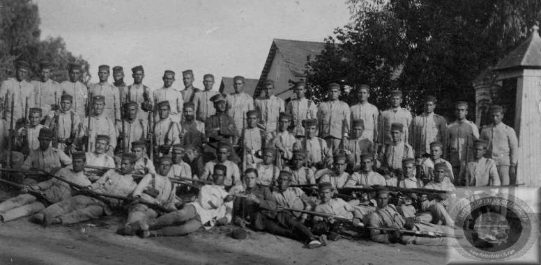 Compañía de Gregorio Ibáñez, Infante de Marina que sirvió en África en los años 20 [Fuente:http://www.fotosdelamili.com/DW3_INFA_MARINA-1920.html ]