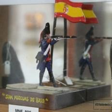 Vitrina sobre el Nicolás de Bari en el Museo Naval de Ferrol