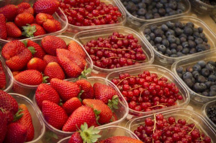 Roma, frutas