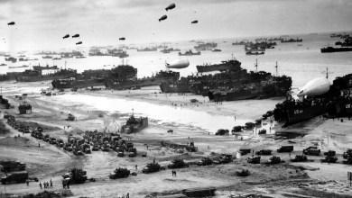 """Photo of 5 portadas para saber cómo amaneció la prensa española tras el """"Día D"""" en 1944"""