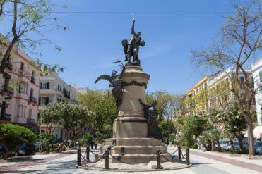monumento a Vara de Rey en Ibiza