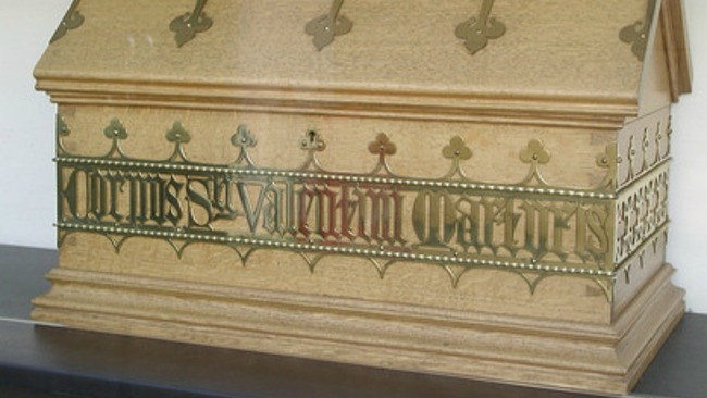 muerte san valentín reliquias