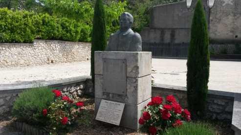 monumento albert roche