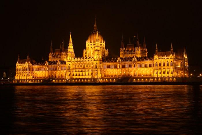 Budapest Óbuda Buda Pest Hungria Unificación