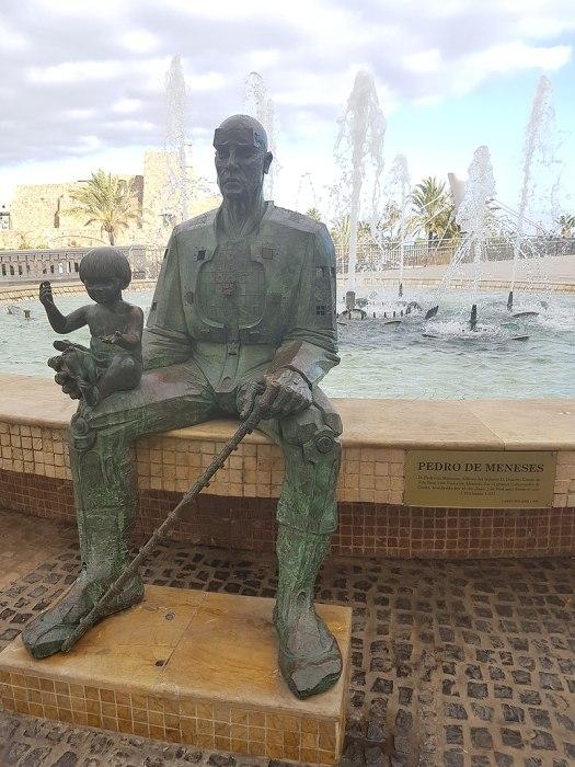escultura de Pedro de Meneses em Ceuta