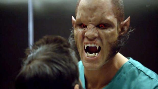 Brian Patrick Wade es Ennis en Teen Wolf