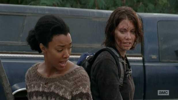 The Walking Dead 4x13 Alone - Maggie convence a Sasha de dirigirse a Terminus