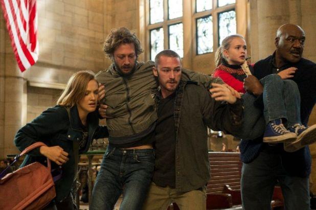 Believe 1x05 - Tate, Bo y Milton escapando de la estación de trenes