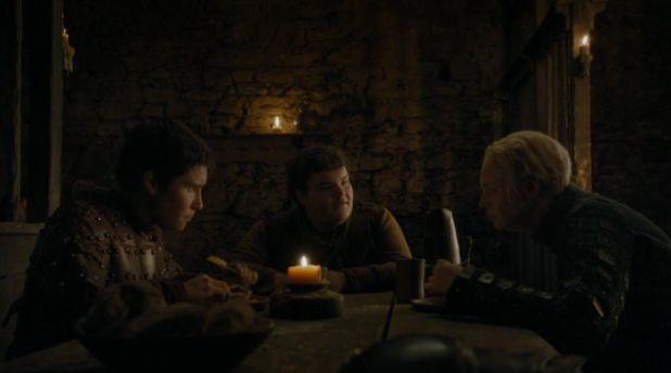 Juego de Tronos 4x07: Brienne y Pod encuentran información útil sobre el paradero de Arya y que quizás les lleve también a Sansa.