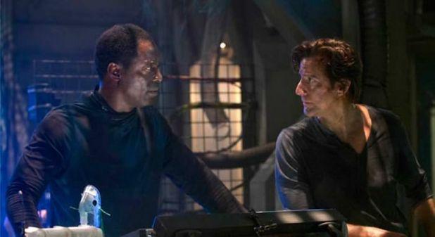 The 100 1x11 The Calm - El arca con Jaha