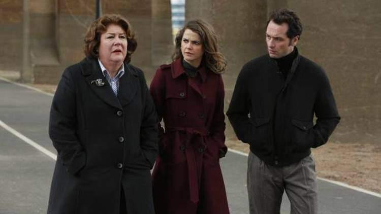 The Americans 2x13 - Claudia, Elisabeth y Phillip