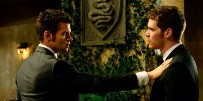 The Originals 1x20 A Closer Walk with Thee - Klaus y Elijah Mickaelson