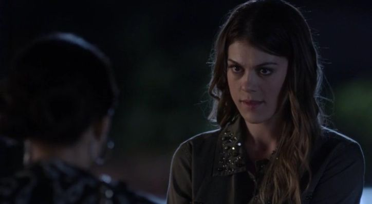 Pretty Little Liars 5x04 Thrown From the Ride