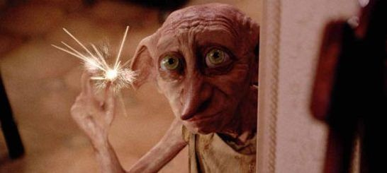 Dobby el famoso elfo doméstico de Harry Potter and the Chamber of Secrets