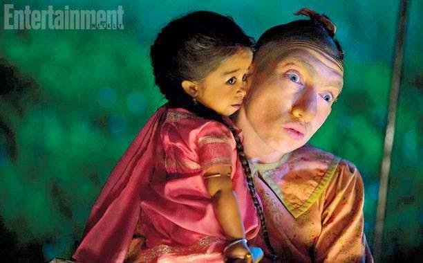"Novedades en American Horror Story: Freakshow - Imagen promocional del primer capítulo ""Monters Among Us"""