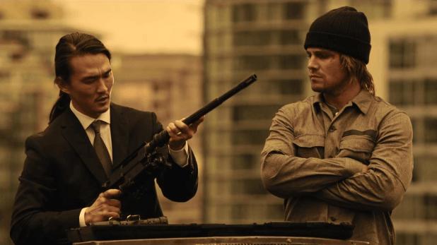 Arrow 3x02: En Hong Kong, Oliver demuestra su inteligencia para evitar tener que asesinar a su mejor amigo por orden de Amanda Waller.