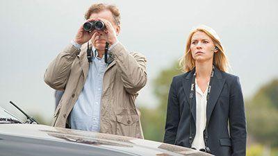 Homeland 4x09 - Carrie y John en el momento del intercambio de prisioneros
