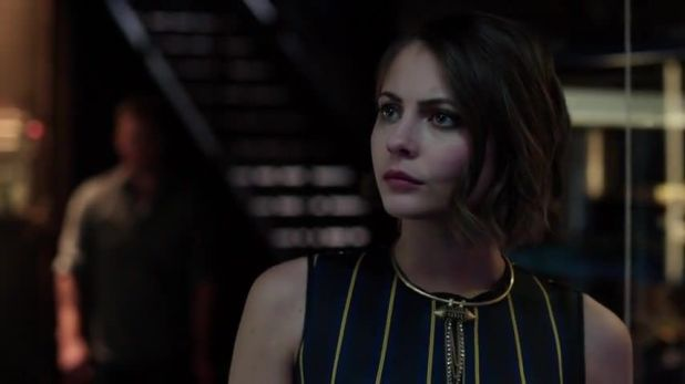 Arrow 3x13: Oliver le cuenta la verdad a Thea sobre su identidad para protegerla de los soldados de Ra's al Ghul.