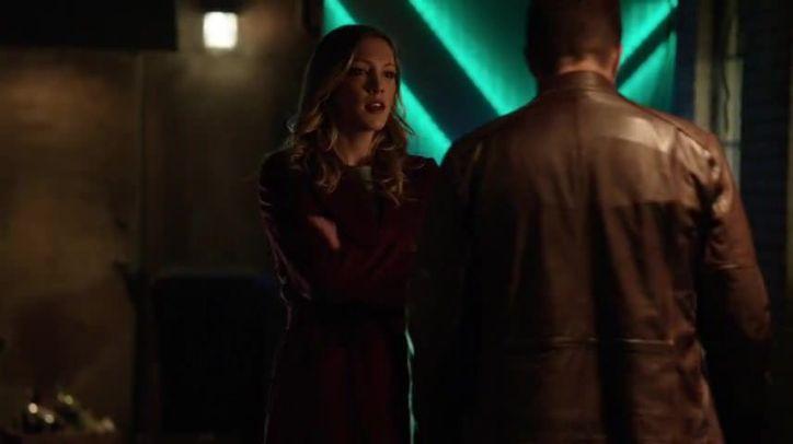 Arrow 3x13: Laurel sigue ejerciendo de Canary a pesar del rechazo de Oliver, que quiere mantenerla a salvo.