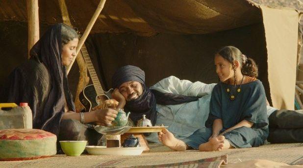 Una familia feliz de nómadas en Timbuktu